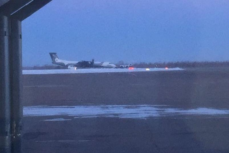 ВТбилиси совершил экстренную посадку самолет из украинской столицы