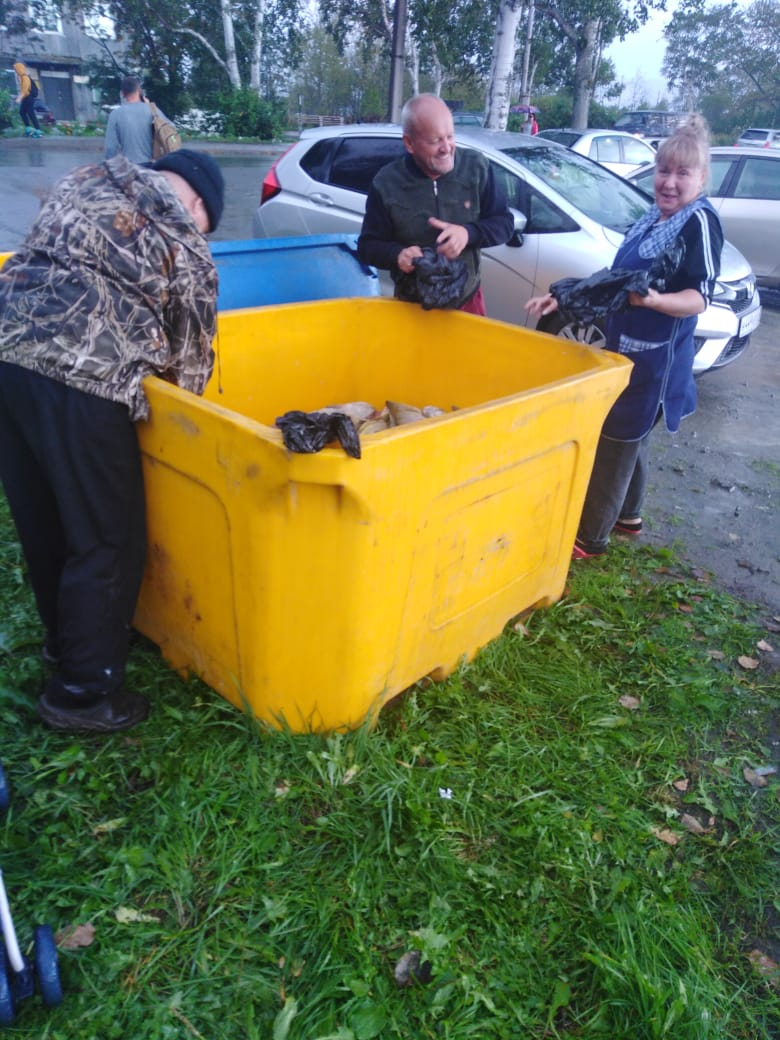 Три тонны красной рыбы бесплатно раздали жителям Сахалина. А в других регионах ДФО это сделают?